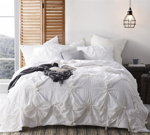 extra long king sized comforter in white white comforters in extended king size creates. Black Bedroom Furniture Sets. Home Design Ideas