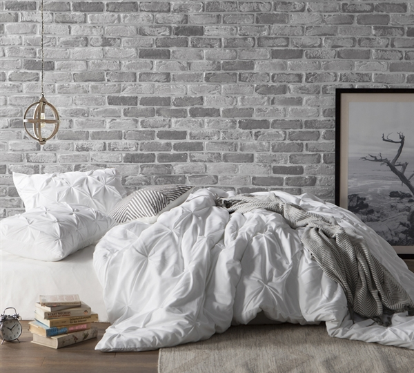 White Pin Tuck Queen Size Bed Duvet Cover To Encase