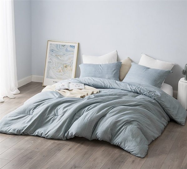 White Extended Queen Comforter with Unique Textured